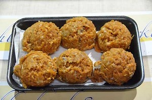 Homemade Chicken Meatballs w/ Pepper Jack Cheese (6 per pack)